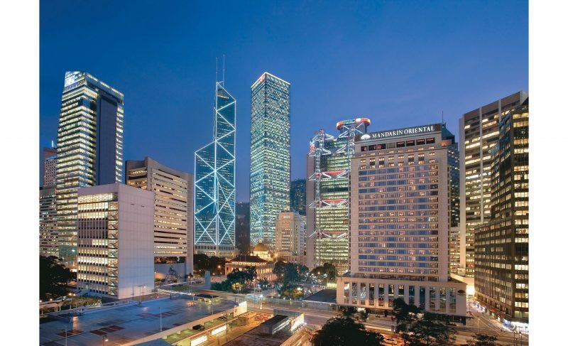 hong-kong-exterior-view-night-04 (2)