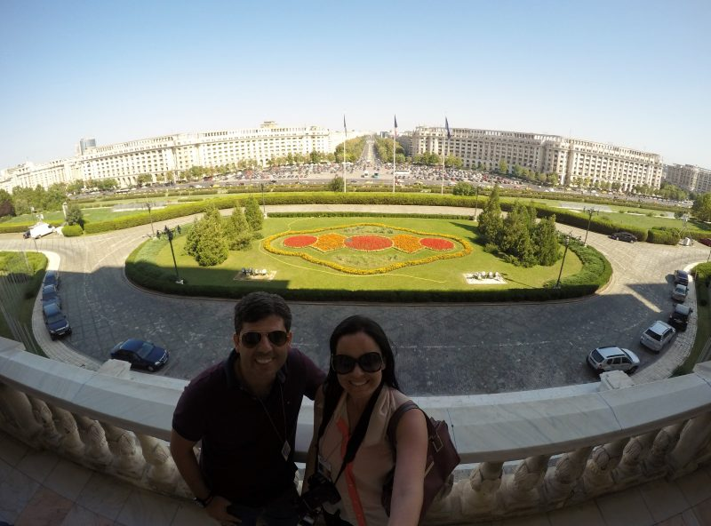 Vista da varanda do Palácio do Parlamento, em Bucareste