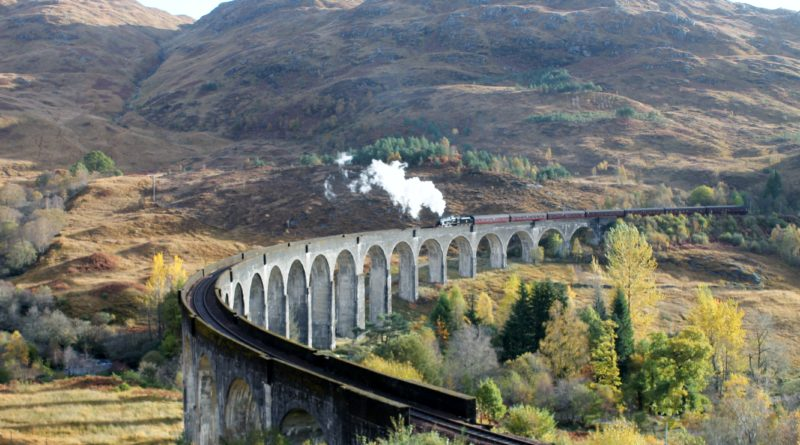 Glenfinnan Viaduct: o viaduto do Expresso Hogwarts de Harry Potter, na Escócia